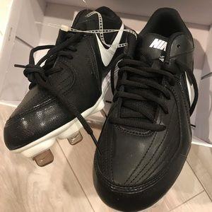 Brand new Nike softball shoes cleats